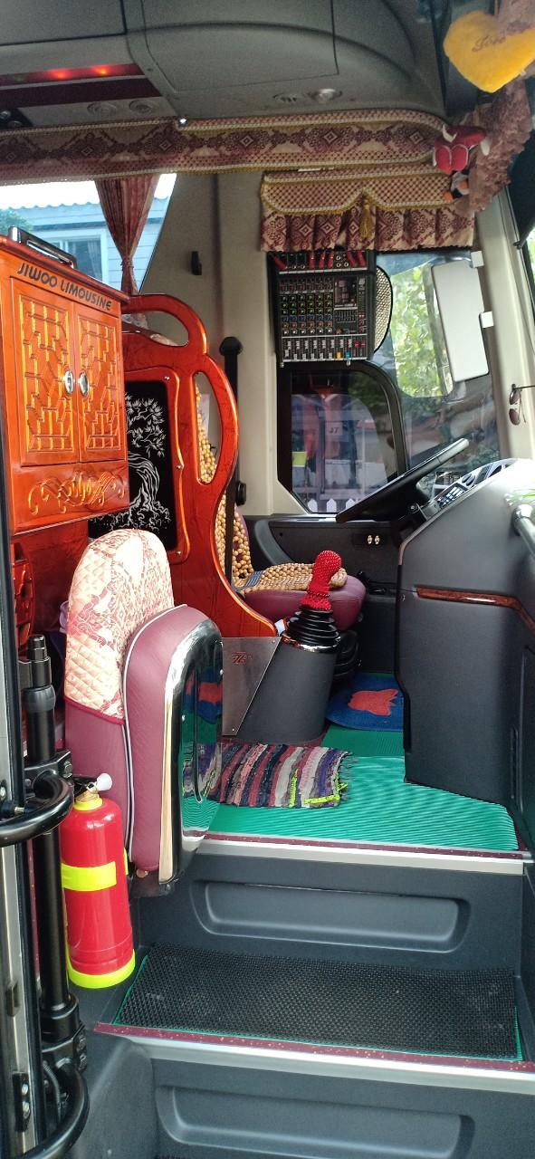 Cho thuê xe du lịch 45 chỗ giá rẻ tại TP.HCM